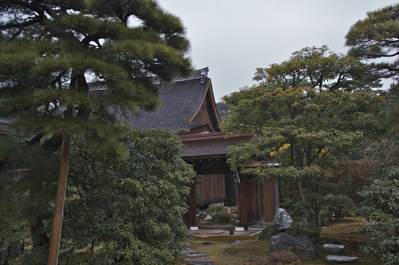 Shokokuji Temple • One of the satellite buildings of the extensive Shokokuji temple, a Zen Buddhist temple which administered many other temples in the locality. I wasn't allowed to photograph the interior of the main temple.