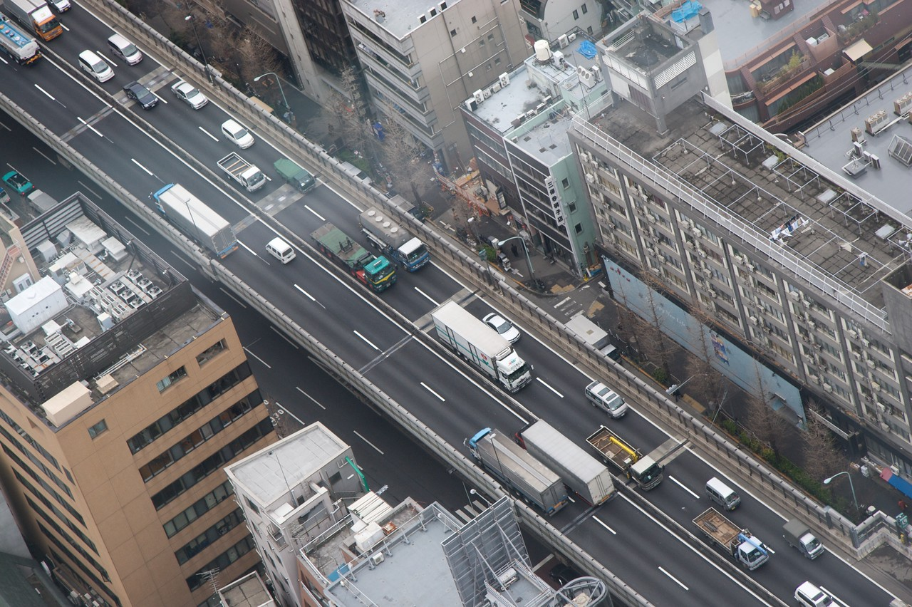 Busy roads • One of many raised busy roads running through Tokyo, as seen from the Mori Building in Roppongi Hills.