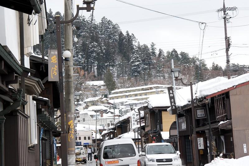 Takayama street-scene