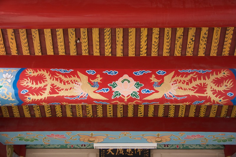 Beam • A beam at Fahua Monastery, Tainan.