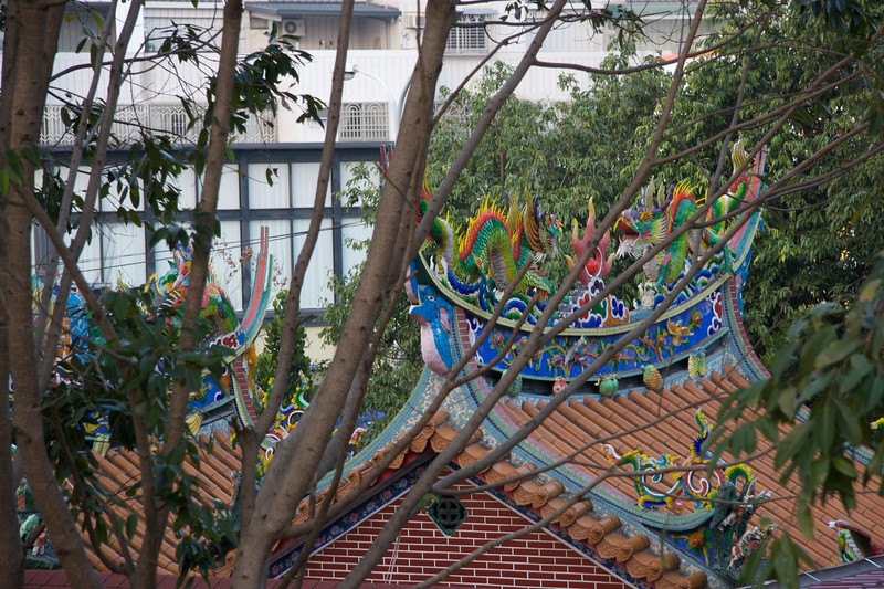 Multi-coloured roof • Near Fengle Sculpture Park, Taichung.