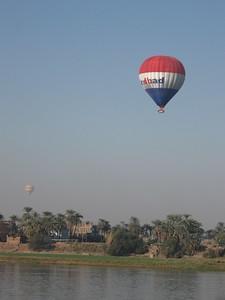 Balloons over the Nile (Luxor) - Amy Garawitz