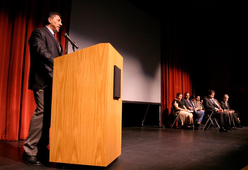 Javier Huerta, Carrco Painting addresses the HCADFW membership