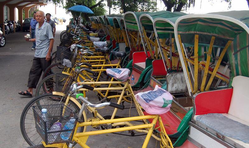 Tricodores in Macau