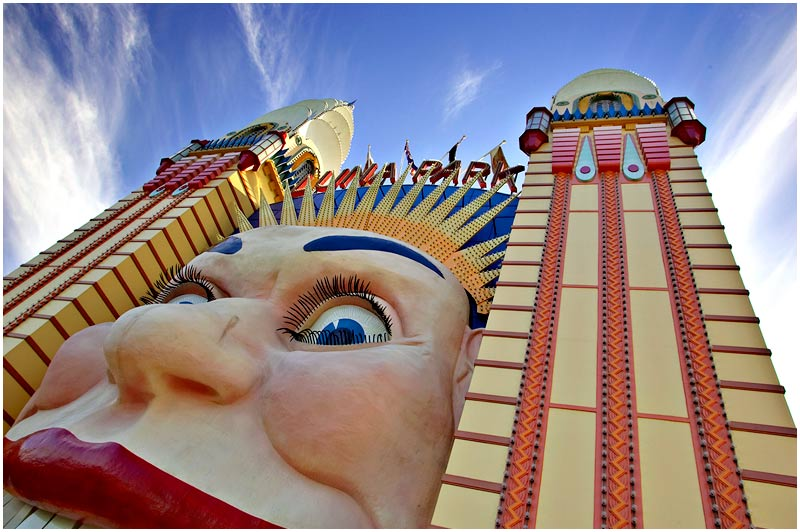 Milsons Point, Tuesday July 25th 2006. <br /> <br /> Luna Park's iconic entrance. <br /> <br /> <br /> EXIF DATA <br /> Canon 1D Mk II. EF 17-35 f/2.8L@17mm 1/100 f/8 ISO 200.