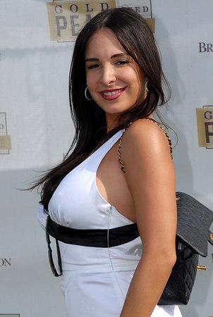 "<a href=""http://www.mayraveronica.com/"">Mayra Veronica</a>"