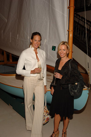 Kristin Gary, Susan Casey