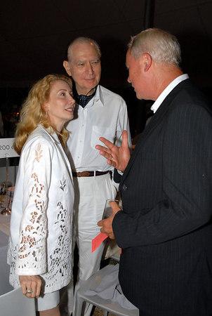 """Robert Wilson makes a point as Sharon Handler & <a href=""""http://manhattan.smugmug.com/gallery/961132"""">Ambassador John L. Loeb</a> listen attentively."""