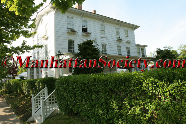 "<a href=""http://www.ezairgallery.com"">Ezair Gallery</a>, 136 Main Street, <a href=""http://www.southamptonvillage.org/home.htm"">Southampton, New York</a>"