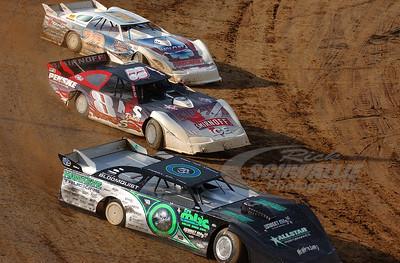 0 Scott Bloomquist, 8 Jeremy Williams and 28 Dennis Erb Jr.