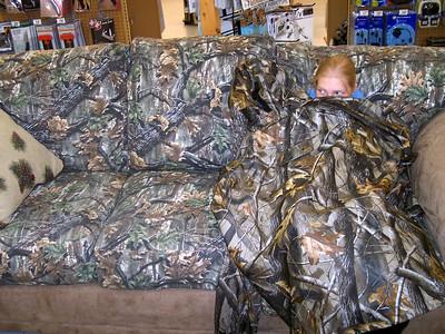Rachel camouflages herself