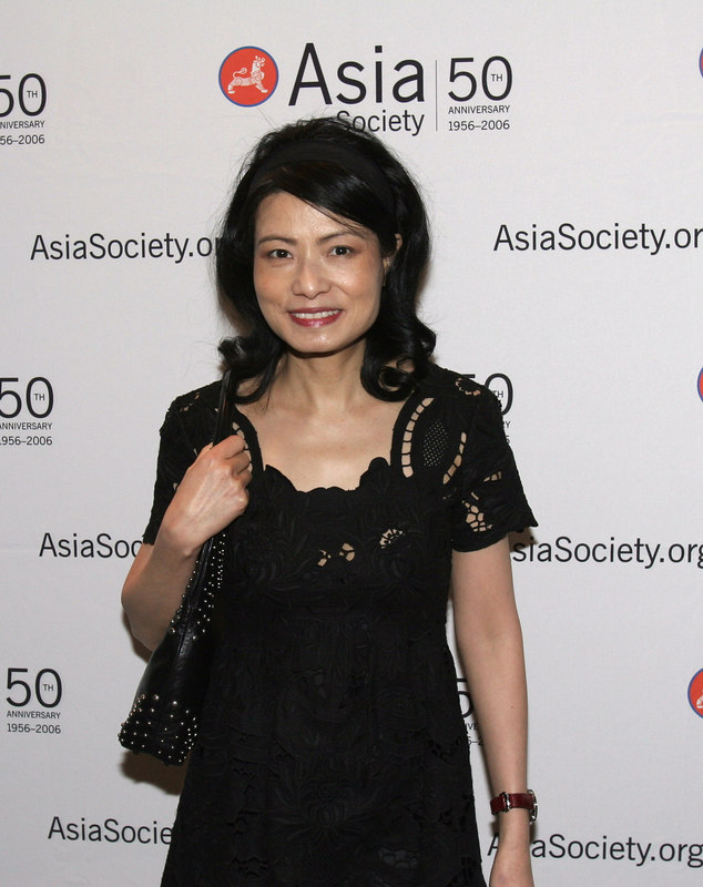 """Young Patrons Sponsor: <a href=""""http://www.viviennetam.com/"""">Vivienne Tam</a> at the Asia Society Collectors and Young Patrons Dinner following International Art Fair Benefit Preview"""
