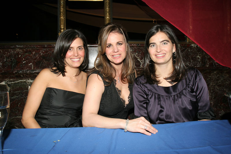 """Noel Bettencourt Momsen, Maria Esposito (Chair of the FUNdraisers committee) & Leigh Bishop Taub NEW YORK-MARCH 4: NYJL Guests attend NEW YORK JUNIOR LEAGUE'S 54th Annual Winter Ball, """"Circo""""  at Cipriani 42nd Street, 110 East 42nd Street, New York City, New York on Friday, March 4, 2006 (Photo Credit: Christopher London/ManhattanSociety.com)"""