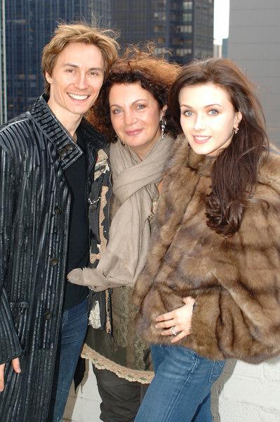 Helen Yarmak 2007 Winter Collection Modeled by   Irina Dvorovenko and Maxim Beloserkovsky