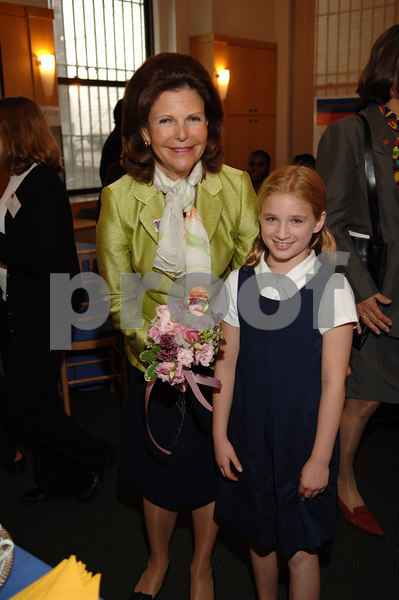 "<a href=""http://en.wikipedia.org/wiki/Silvia_Sommerlath"">Her Majesty Queen Silvia of Sweden</a>,the founder of the <a href=""http://www.childhood-usa.org/"">World Childhood Foundation</a> makes a new friend at  <a href=""http://www.inwoodhouse.com/index.html"">Inwood House</a> in New York City for a special reception where she received the 2006 Youth Opportunity Award for her work on behalf of disadvantaged children.  For more about her, click here: <a href=""http://www.royalcourt.se/2.19fe5e61065eb9aeea80002271.html"">Queen Silvia of Sweden</a>"