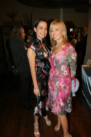 Ms Michelle Resling Halpern and Ms Lisa Resling Halpern at Stages of Learning Spring 2006 Gala Benefit