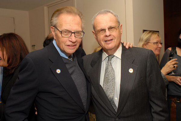 """<a href=""""http://www.cnn.com/CNN/anchors_reporters/king.larry.html"""">Larry King</a> & brother Marty <a href=""""http://en.wikipedia.org/wiki/Larry_King"""">Zeiger</a>"""