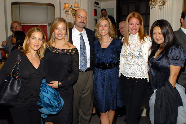 Central Park Conservancy President, Doug Blonsky with Halloween Ball Committee Members (L-R) Kat Cohen, Coralie Charriol Paul, Christine Cachot, Mona Wyatt and Susan Shin