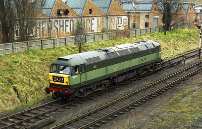 47117 sets back into the siding at Loughborough to collect the stock... (26/03/2006)