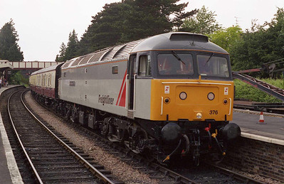 'Freightliner 1995' is seen at Winchcombe after working the 1040 shuttle from Cheltenham Race Course (25/06/2006)