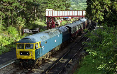 With the morning's rain having given way to afternoon sunshine, 47105 waits to depart from Winchcombe with the 1455 to the Race Course (01/10/2006)