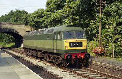 47192 runs round at Kingsley & Froghall after working 2Z03 1022 from Leekbrook during a chartered running day at the Churnet Valley Railway (08/09/2006)