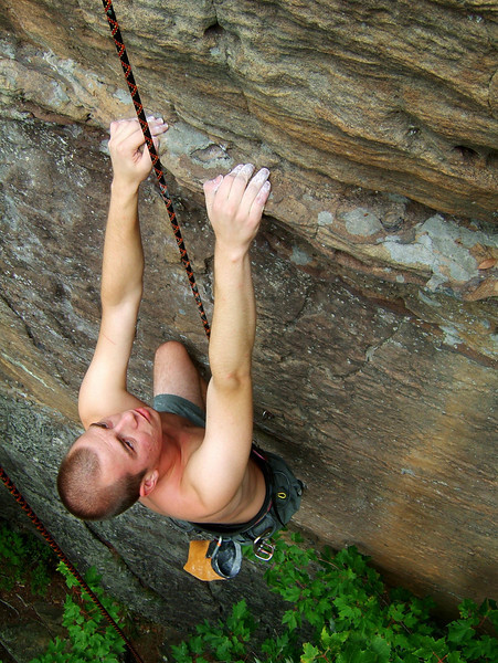 Voytek creeps through a move on <i>Oz 5.11c</i>.