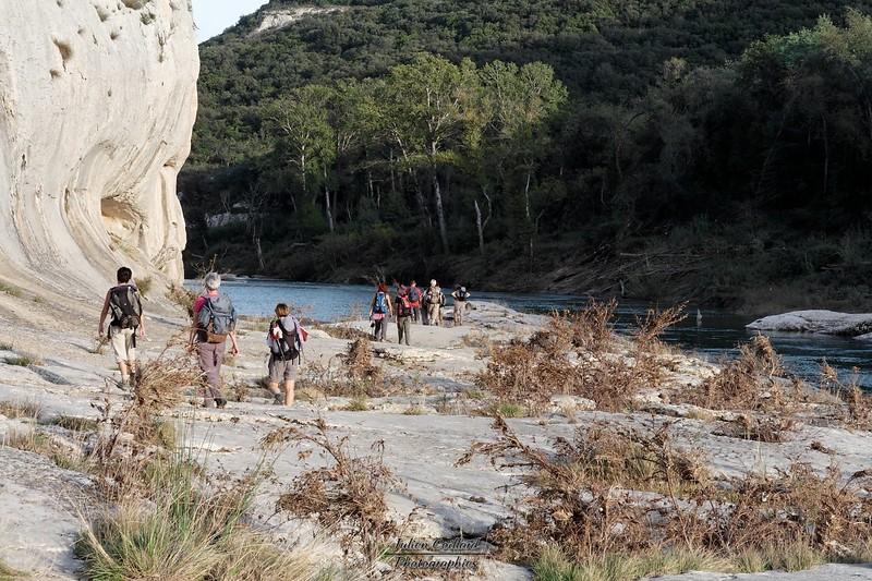 Descente le long du Gardon vers Collias