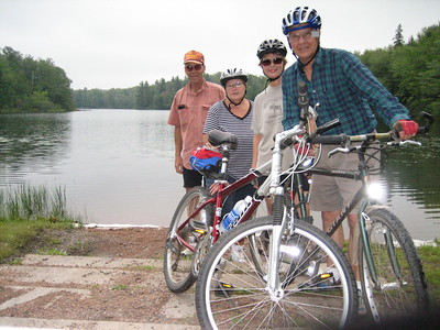 STAN & SHARON KOENIG TO CABIN-BIKE FISH-FUN  8/25/06