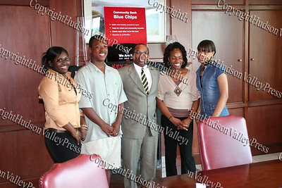 Shemel Jackson, Leslie Caesar, Reggie Fuller, Keishia Richards and Danielle Wood