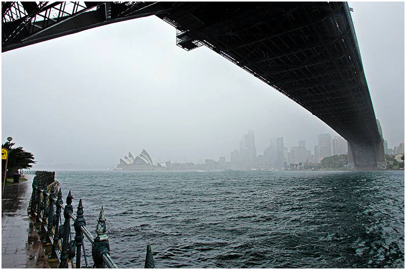 Sydney Harbour, Thursday September 7th 2006. <br /> <br /> A wet and stormy day across Sydney today. The city received its monthly average rainfall overnight. <br /> <br /> <br /> EXIF DATA <br /> Canon 1D Mk II. EF 17-35 f/2.8L@17mm 1/100s f/10 ISO 400.