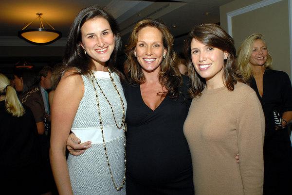 Lydia Fenet, Clo Cohen & Adrianna Archer
