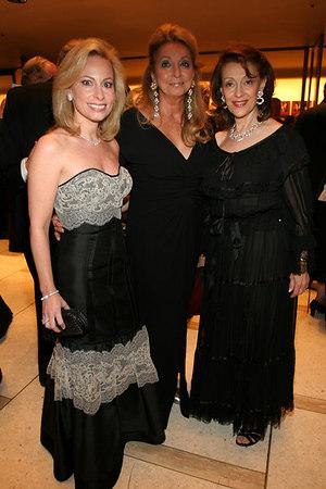 Gillian Miniter, Eleanora Kennedy & Evelyn Lauder
