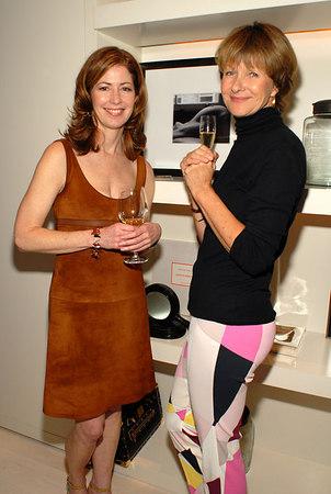 """<a href=""""http://www.danadelany.com/bio.htm"""">Dana Delany</a> & <a href=""""http://www.imdb.com/name/nm0286759/"""">Susan Forristal</a>"""
