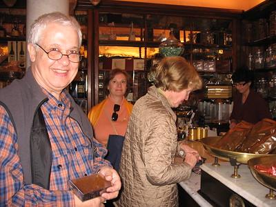 Professor Frassica buying goodies - Mibs Mara