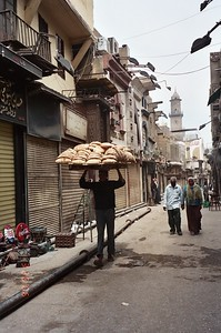 Cairo: Khan El-Khalili Bazaar - Ruth Jones