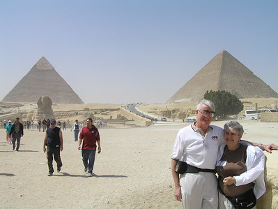 Bob and Sue Rogers with the Pyramids and the Sphinx  -Ed Turner
