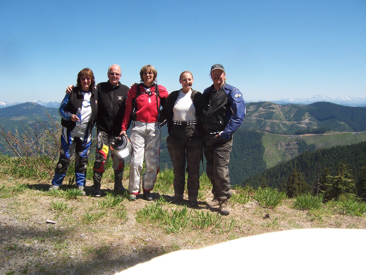 Group shot at the top of FR 7036.