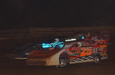 25 Mike Benedum, 0 Scott Bloomquist and 46 Doug Horton