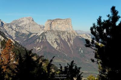 Vallon de Combau - Sur les crêtes de l'Essaure Le Mont Aiguille