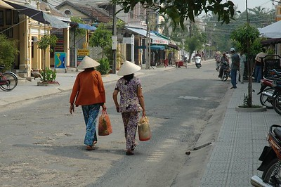 Daily life in Hoi An - Val Fitch