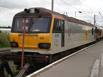 92029 Stabled in the head shunt.