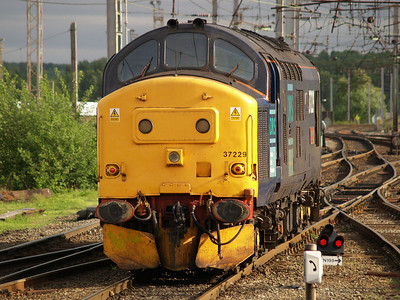 37229 1800 L.Engine to Crewe
