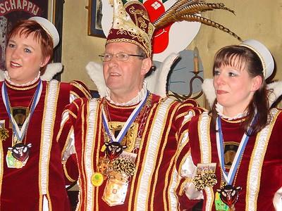 Prins Ton en zijn kabinet op bezoek bij 't Swerte Schaop