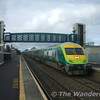 MK4 4003 passes through Monasterevan with the 0830 Cork - Heuston. Sun 17.09.06