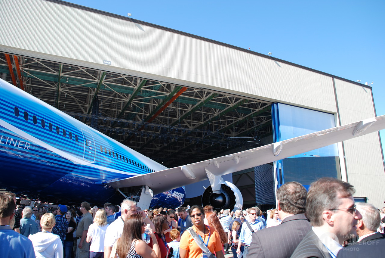 The Hanger, The Plane, and The Crowd