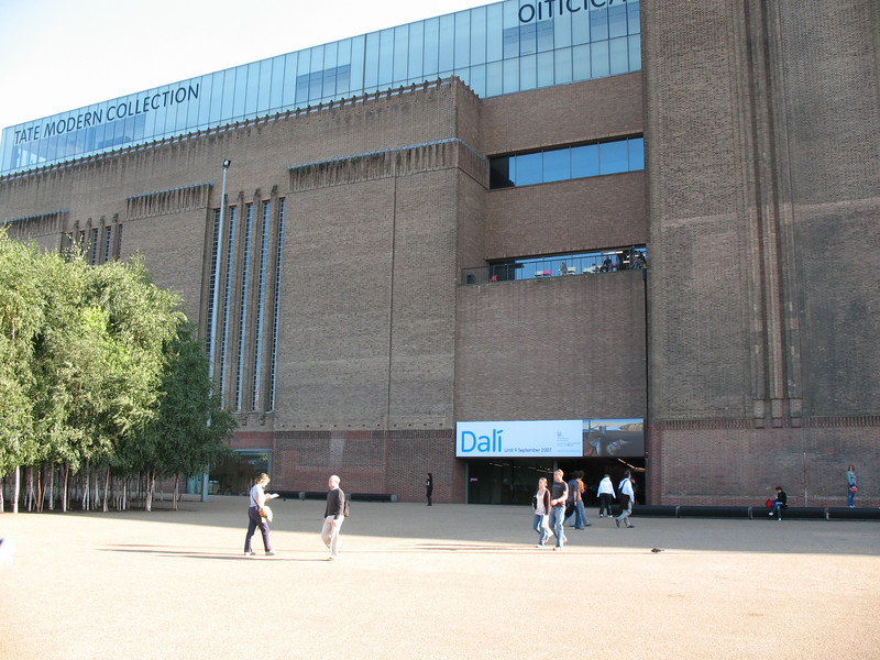 A picture of me with the Tate Modern. Look hard.