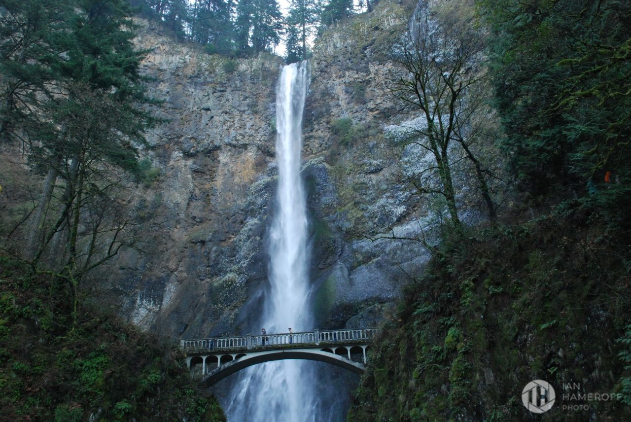 Benson Footbridge and the Upper Multnomah Falls