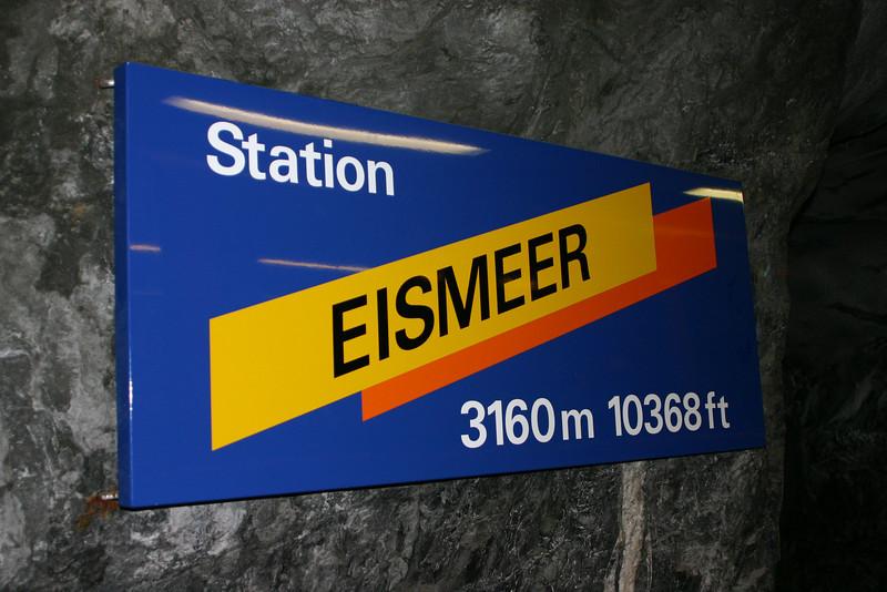 Jungfraubahn at Eismeer Station