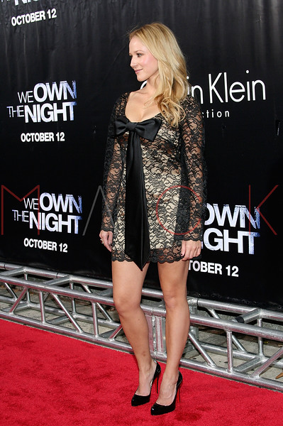"NEW YORK - October 9: Musician Jewel at The Cinema Society Presentation of ""We Own The Night"".  (Photo by Steve Mack/S.D. Mack Pictures).  Note: These images are available for licensing through <a target=""_blank"" title=""Licensing through FilmMagic"" href=""http://filmmagic.com"">FilmMagic</font></a> and <a target=""_blank"" title=""Licensing through Getty Images"" href=""http://gettyimages.com"">Getty Images</font></a>."